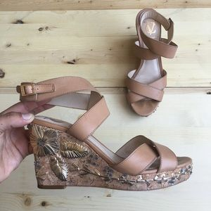 Vero Cuoio Embellished Wedges